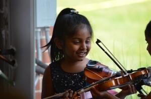 msgh-summer-concert-showing-violins2